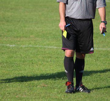 referee-5588277_1920